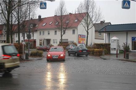 Triftstr   2/Kasseler Str Nh HST Niedervellmar Mitte, 34246,