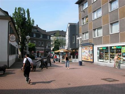 Bahnhofstr  17-19/Friedrich-Kessler-Platz, 58791,