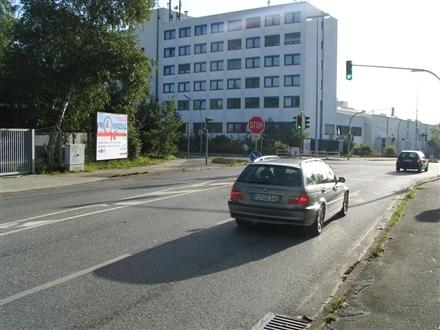Feldstr/Industriestr, 22880,