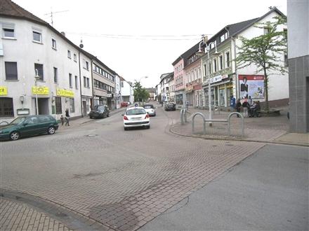 Völklinger Str   2/Rathausplatz, 66346,