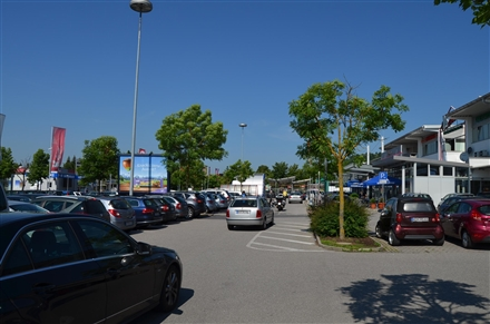 Schäfflerstr. 1 E-center, 93309, Kelheim