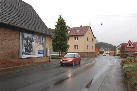 Kembacher Str  17 gg/Spielplatzweg, 97877,