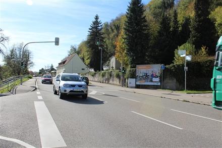 Schützenstr   1 li/Bundesstr (B 34), 79618, Karsau