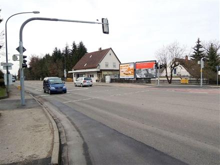 Leipheimer Str  89 (St 2023)/Am Kapellenberg gg, 89231, Pfuhl