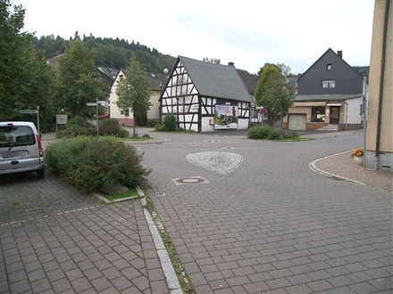Rathausstr/Hinterm Rathaus/-Flammersbach, 35708,