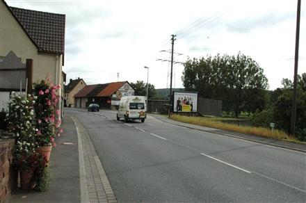 Sackenbacher Str  10 gg aw (B 26)/Hst Kirche, 97816,
