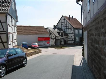 Kirchstr/Eilhäuser Str, 34454, Helsen