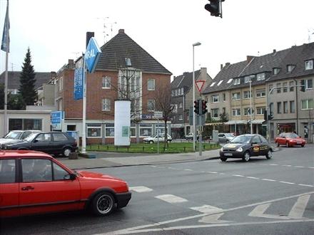 Neusser Str/Römerstr, 52428,