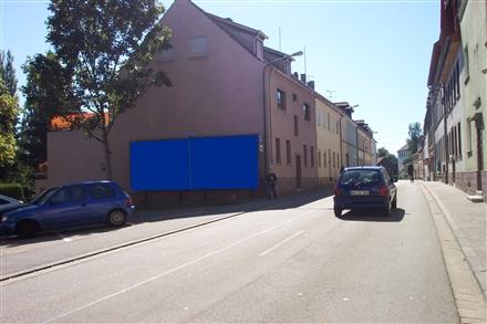 Schloss-Str   9, 66538,