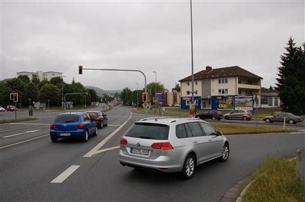 Lichtenfelser Str/Am Kreuzstein (quer zur B 85), 95326,