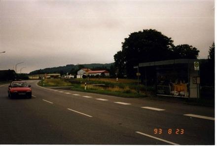 Löbergasse 5 /Euronics XXL/Einfahrt/rts/geg. Rewe (Einf), 36304,