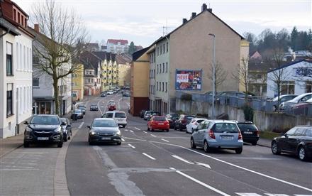 Hohlstr. 32 (quer am Giebel), 66538, Innenstadt