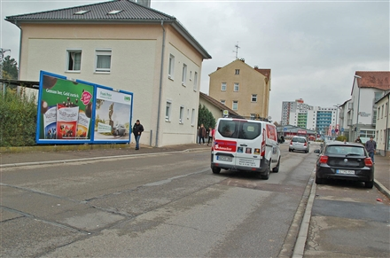 Bahnhofstr. 1/beim Bahnhof/Zufahrt Rewe (rts), 89250,