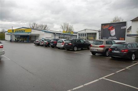 Weimarstr. 60 /E-center/geg. Eing/lks, 78532,