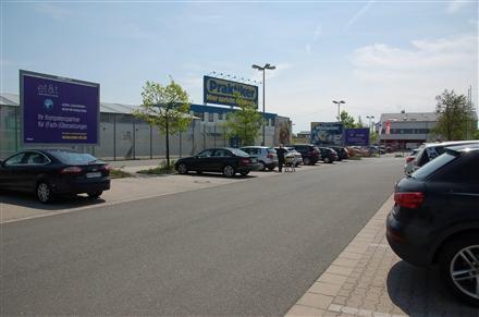 Bahnhofsvorplatz, 77933, Dinglingen