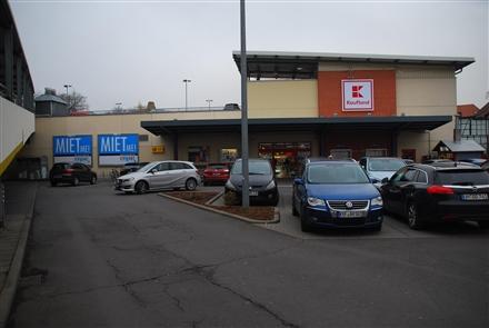 Lindenbühl /Kaufland/lks vom Eingang, 99947,