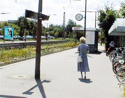 S-Bf Friedrichsdorf,Bstg., Gleis 3, 61381, Stadtmitte