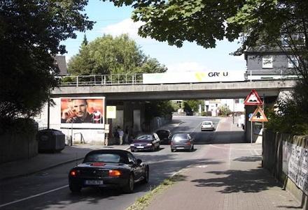Schlüterstr. vor Ufg.  li., 40699, Stadtmitte
