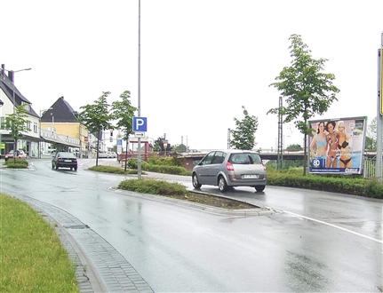 Bünder Str. geg. Werretalhalle, 32584, Löhne-Bhf