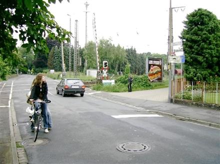 Luther Weg/BÜ/Si. Str., 31515, Innenstadt