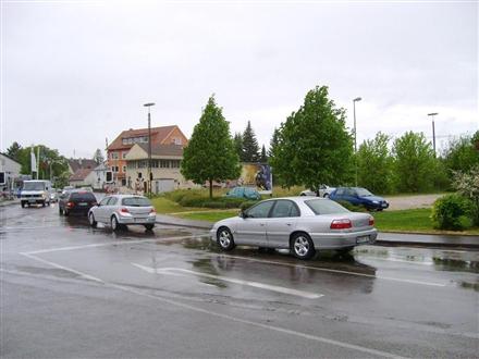 Auer Str. geg. Bahnhofstr./Bahnübergang, 89257, Illertissen