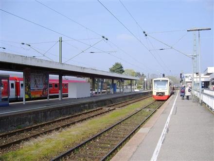 Bf/Bstg. 2 /Sicht Busbahnhof re., 78315, Radolfzell