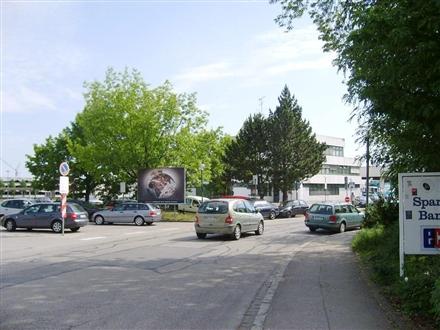Bahnhofsplatz 12/Richard-Wagner-Str, 84453, Bahnhof-Bereich