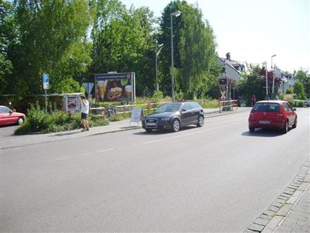 Bahnhofsplatz 1/Ottostr/Bahnübergang, 85521, Stadtmitte