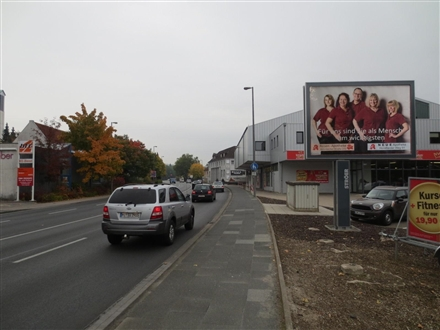 Bahnhofstr.  33/We.re. CS, 32105, Bad Salzuflen