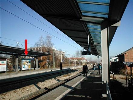 S-Bf Taufkirchen, Bstg., Ri. Holzkirchen, 4.Sto., 82024, Mitte