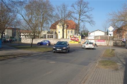 Bredower Weg/geg. Karl-Thon-Str, 14641,