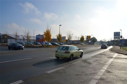 Westring 5 /Lidl/Einfahrt/Sicht ABC-Schuhcenter/Zuf E-center, 27793, Innenstadt