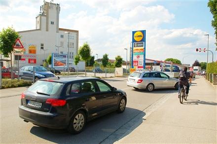 Gewerbepark BWB 1 /Lidl + Fristo/neb. Einfahrt (Sicht Str), 83052,