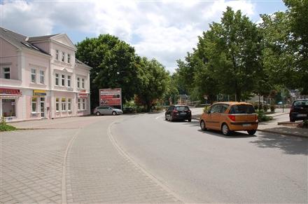 Grünhainer Str. 2/geg. Bahnhof (quer), 08340,