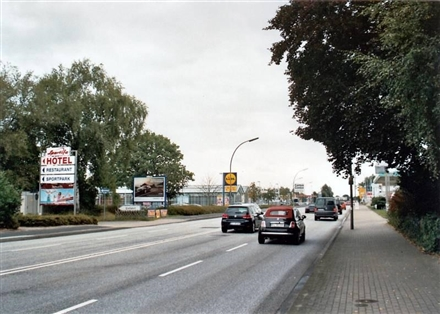 Hamburger Str. 207 /Lidl/neb. Einfahrt (quer zur B 431), 25337,