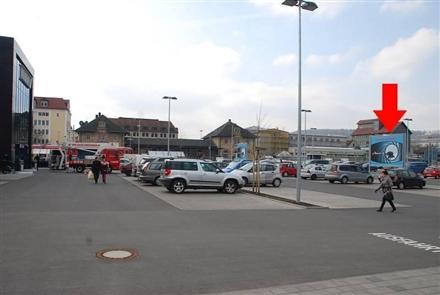 Johann-Hammer-Str. 1 /E-center/geg.Eing/Sicht Mkt -rts, 97980,