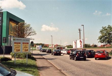 Drosselstieg 77 /Marktkauf (Einfahrt), 21682, Stade
