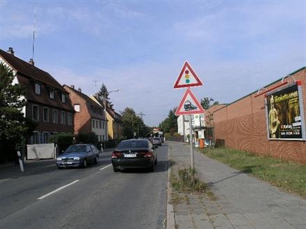 Schillerstraße nh. / Boppstr., Sportgelände, 63741, Damm