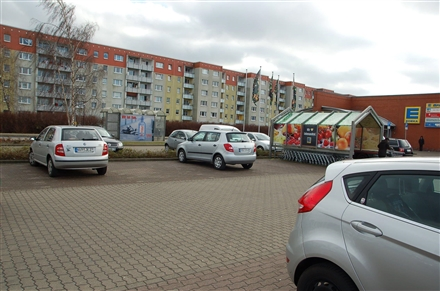 Boddenstr. 2 /Edeka im Bodden-Center/Sicht Markt, 18311,