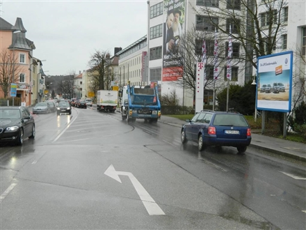 Rosenheimer Str  9 (gg.Bahnhofsvorplatz li.), 83278,