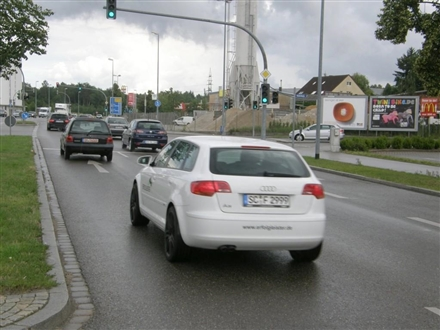 Rother Str / Gewerbestr (B2), 91126, Rednitzhembach