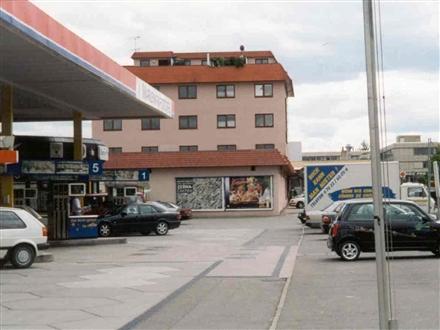 Merklinger Str.  / Ried-Center geg.Tankst., 71263,