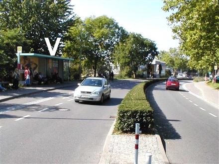 Lippertsreuter Str.  / Kuchelmannweg re., 88662,