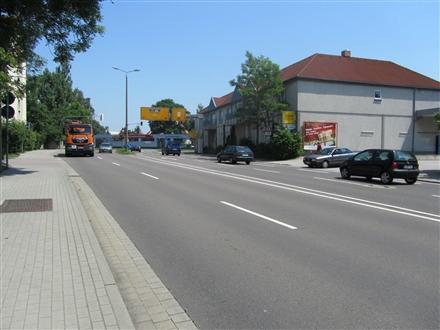 Sachsenallee  / Leipziger Str. 24-26 quer >Netto<, 04552, Stadtmitte