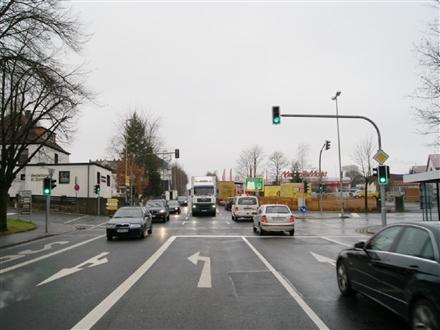 Waldershofer Str. 8  / Tankst. quer, 95615, Stadtmitte