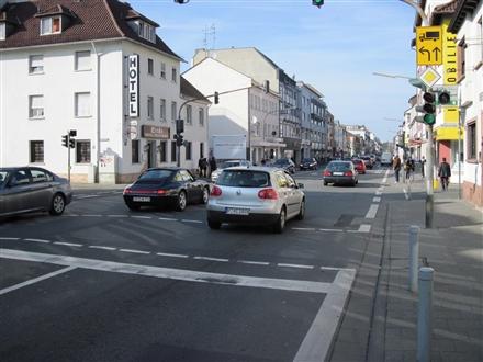 Frankfurter Str. 109 (B 3), 63263, Innenstadt