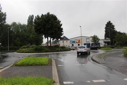 Westheider Weg 29 a (B 476), 33775, Innenstadt