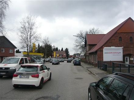 Kieler Str. 58 a - 60 (B 4)  re., 25451, Innenstadt