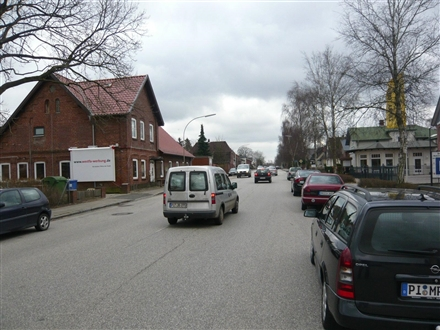 Kieler Str. 58 a -60 (B 4)  li., 25451, Innenstadt