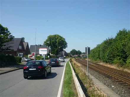 Bahnstr. 48  RS, 25451,